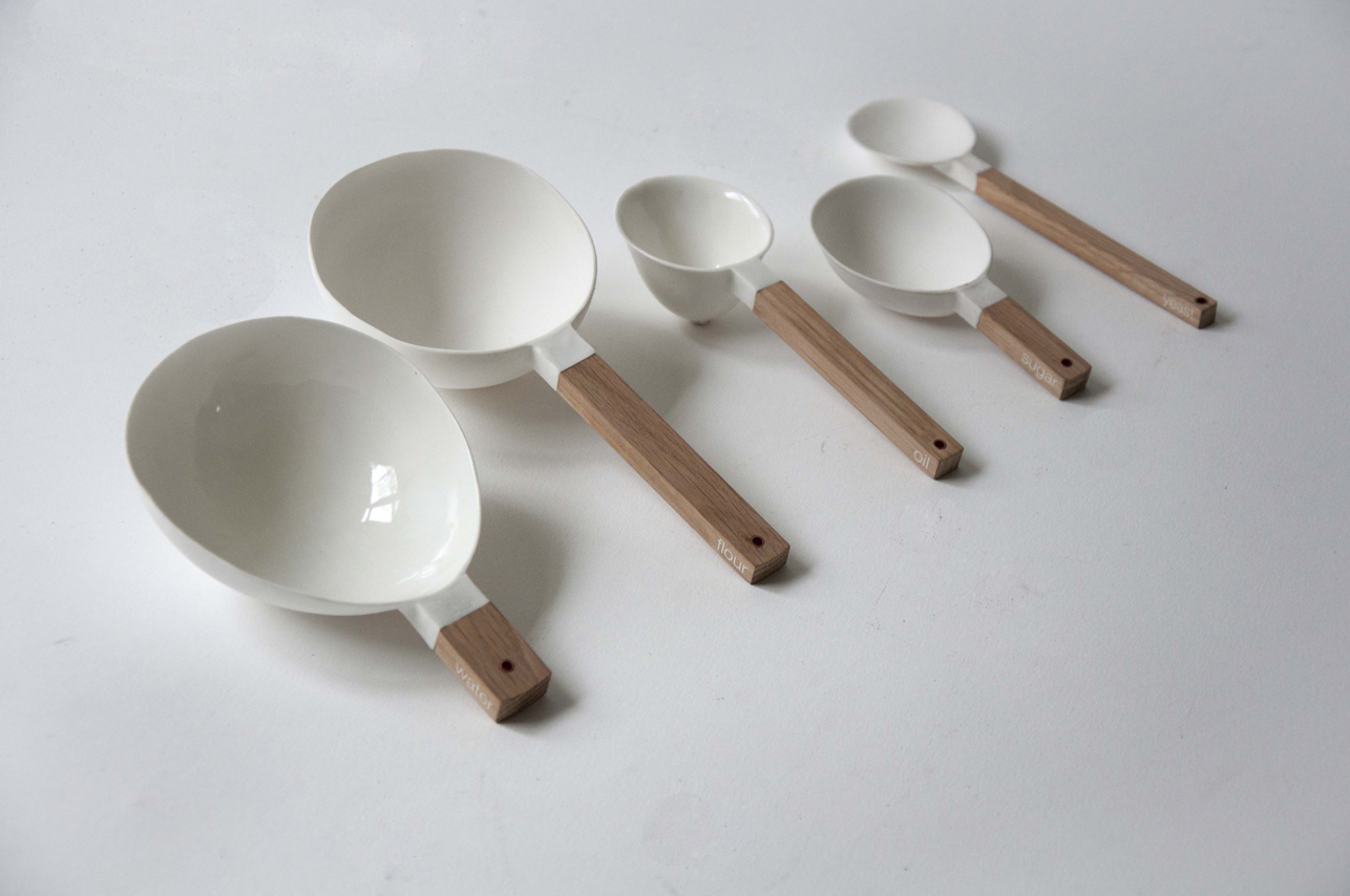 a9_mdba_mdby_ceramics_manufactured_spoons_niels_datema