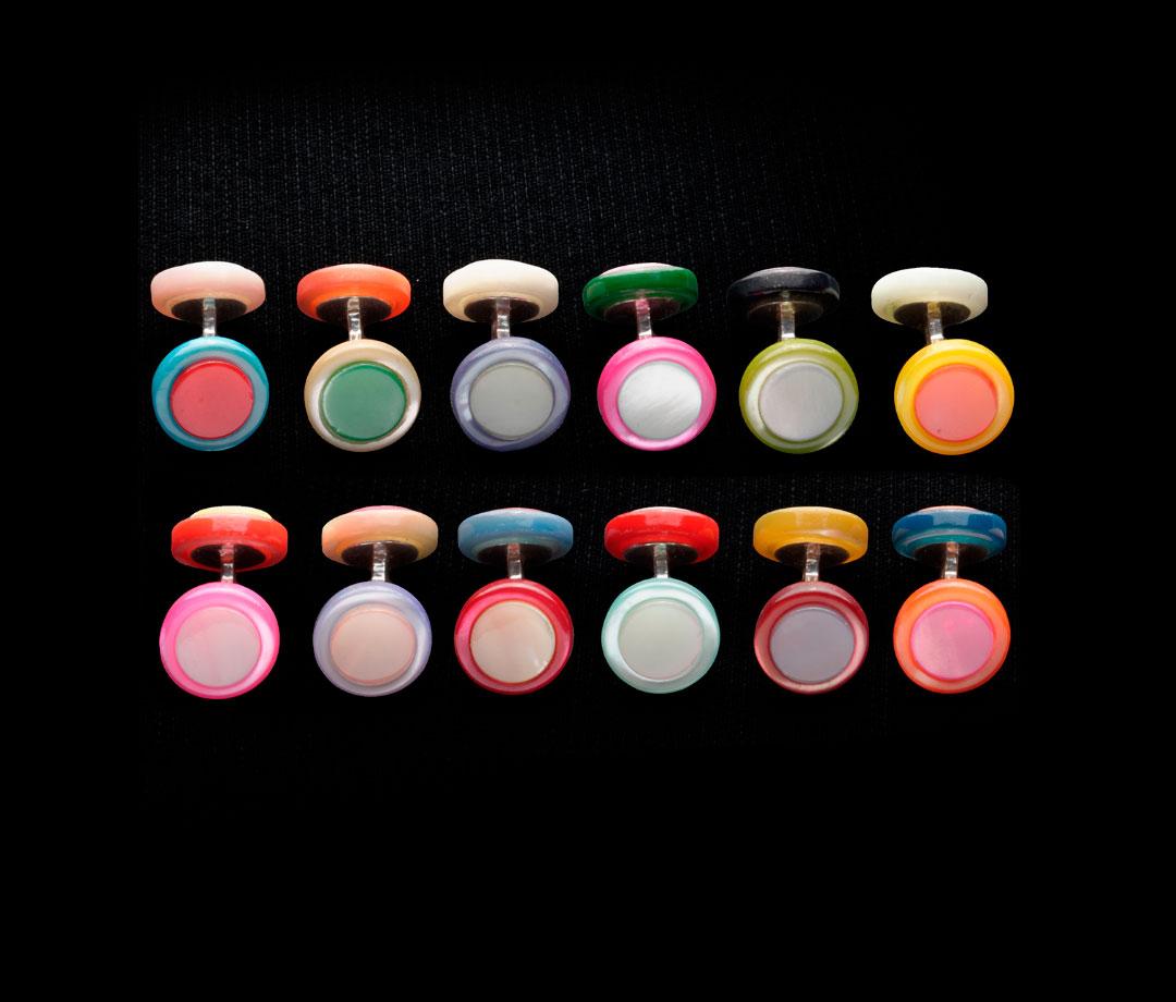 a1_mdba_mdby_manufactured_boutonsdemanchette_paysage_couleur_samuel_gassmann