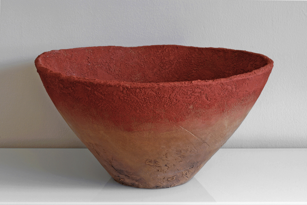 a4_mdba_mdby_manufactured_ceramics_wood_concrete_sculptures_phil_finder_large_bowl