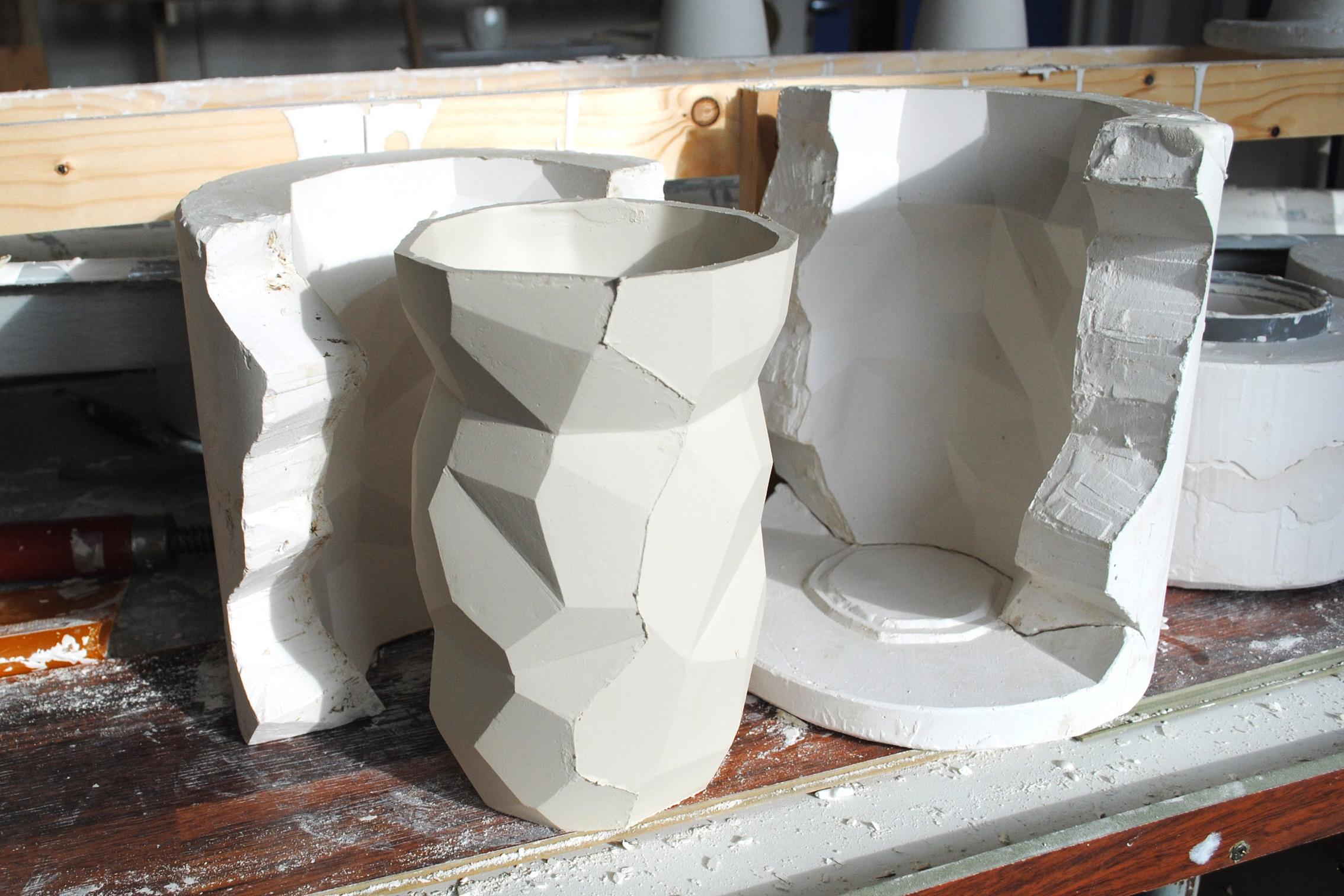 a10_mdba_mdby_manufactured_ceramics_design_studio_lorier_ production