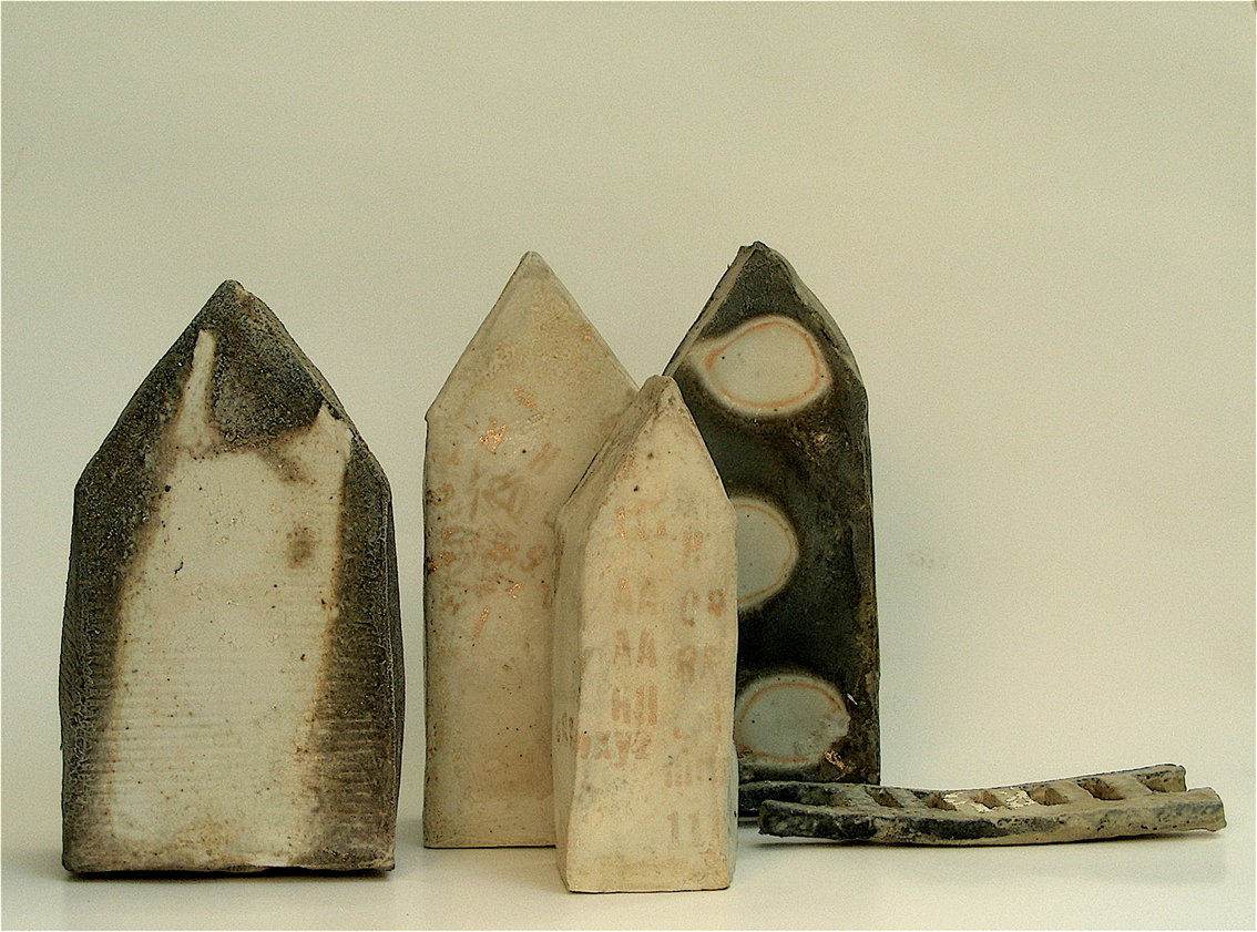 a8_mdba_mdby_manufactured_ceramics_houses_clay_fire_nina_hole
